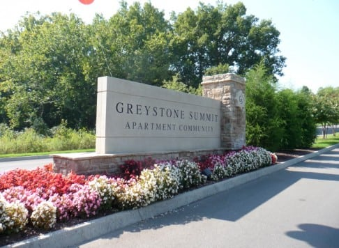 greystone summit entry sign knoxville, tenn.